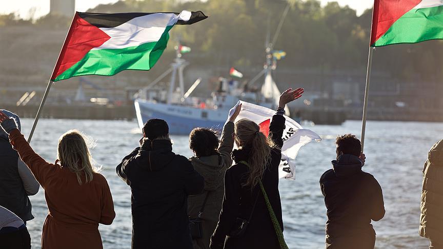 Gazzeliler İsrail ablukasını kırmak için denize açıldı 1