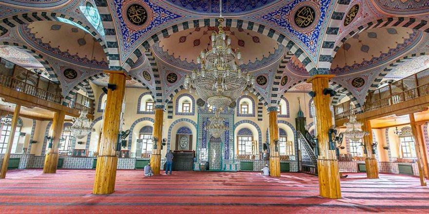 Türkiye'de mimarisiyle öne çıkan camiler