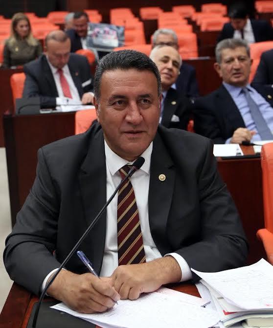 """CHP Milletvekili Gürer """"Bakanlar Yetmedi Bürokratlar Da Şimdi Yollarda"""""""