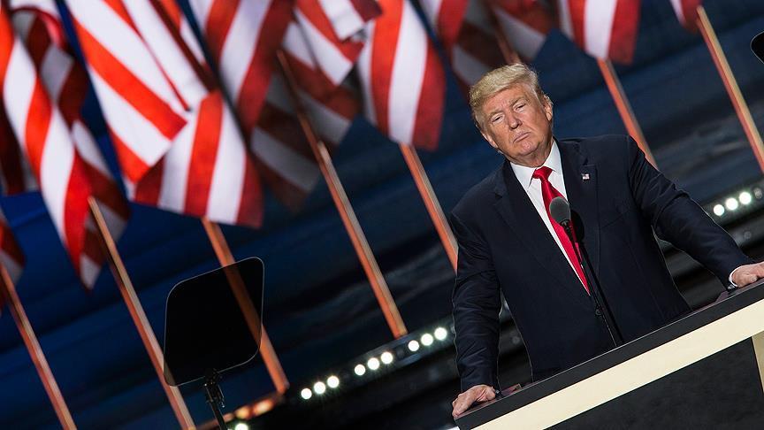 ABD İç Güvenlik Bakanlığı Trump'ın vize yasağını askıya aldı