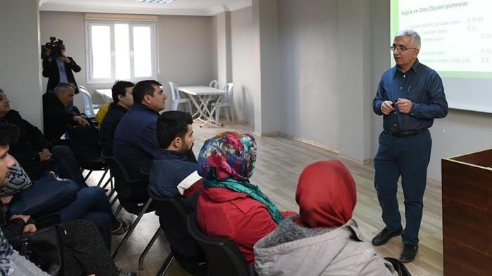 Sarıçam'da Ücretsiz Girişimcilik kurslarının ilk etabı başladı