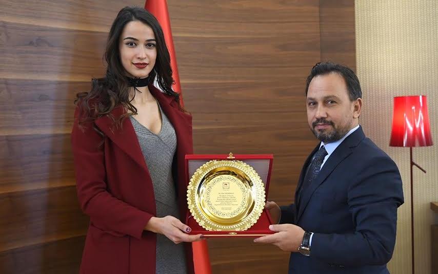 Avrasya Güzeli Adanalı Demiralp Başkan Uludağ'ı Ziyareti...