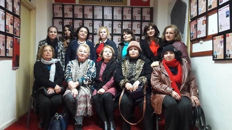 Anadolu Kadın Gücü Platformu Şehit Aileleri Derneğini ziyaret etti