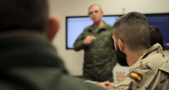 NATO'dan Irak'a eğitim üssü