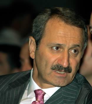 Fethullah Gülen'den Sevilay Yükselir'e dava! Evinin kapısına 3 polis gitti!