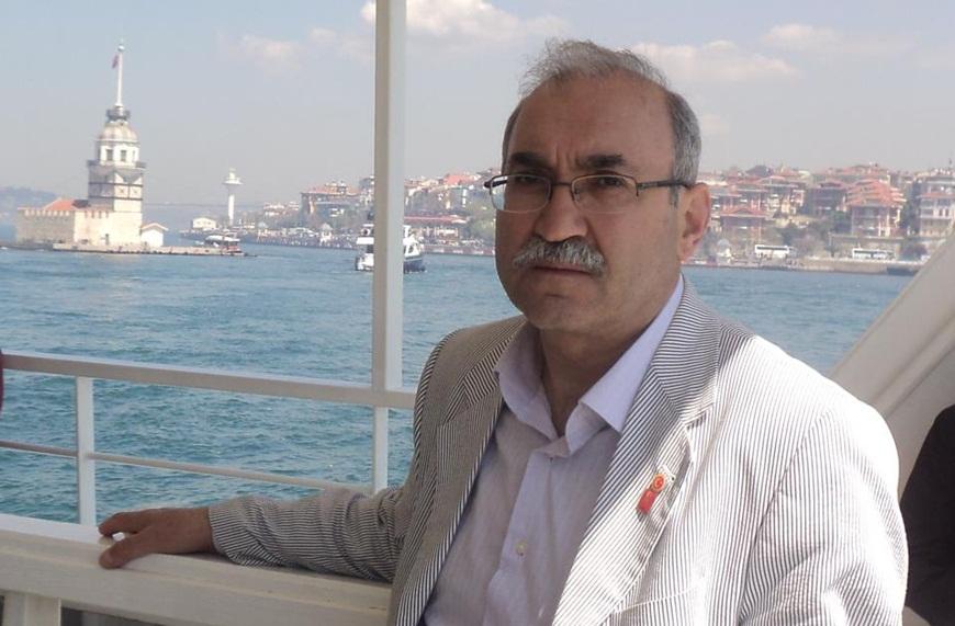 İ.Halil Sipahi: 'Leş Kargalarından Horuz Dövüşü..'
