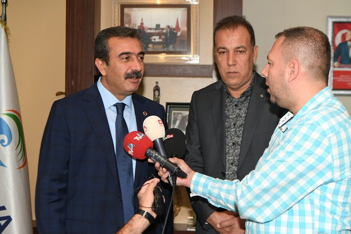 Başkan Çetin'den Demirspor'a Nakdi Yardım