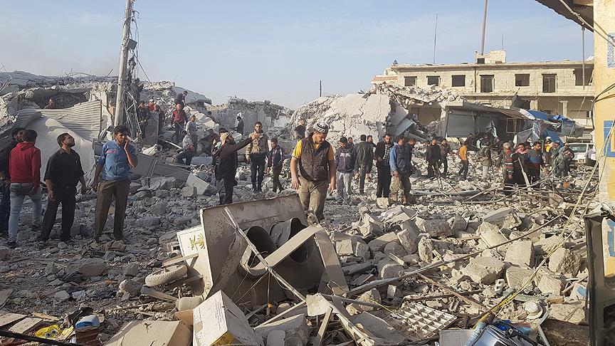Suriye'nin Hama ve İdlib illerinde hava saldırıları