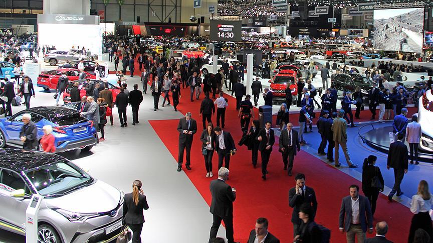 'Otomotiv pazarı 2019'da 450-500 bin düzeyinde dengelenecek'