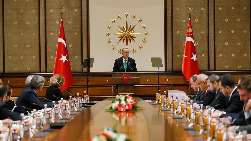 Erdoğan ABD'li şirketlerin Türkiye temsilcileriyle buluştu