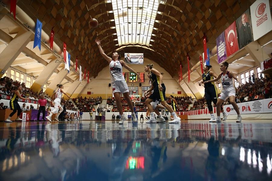 Gündoğdu Adana Basketbol: 77 - Bellona Kayseri Basketbol: 83