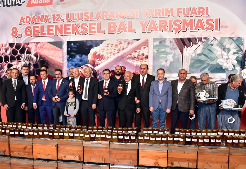 8. Adana Geleneksel Bal Yarışması..