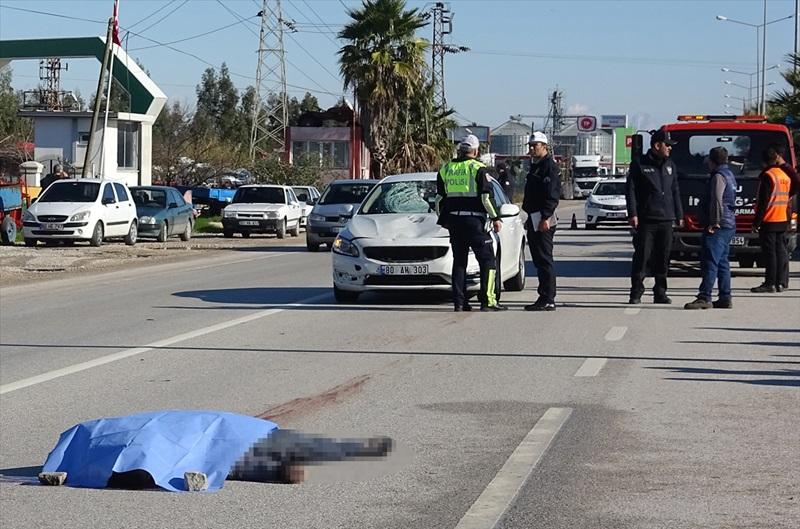 Adana'da otomobilin çarptığı bisikletli öldü
