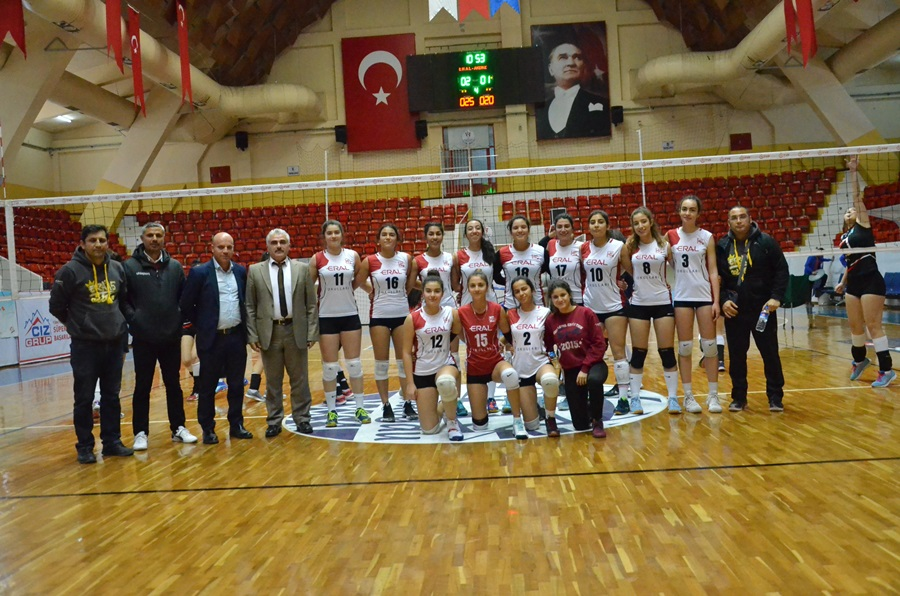 Adana'da Okullar arası Genç Kızlar (A)Voleybol Müsabakaları Tamamlandı