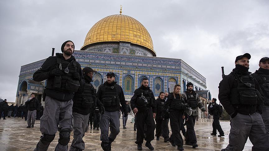 İsrail polisi Kubbetu's Sahra kuşatmasını kaldırdı