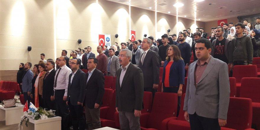Adana Alparslan Türkeş Üniversitesi'nde İstiklal Marşı'nın kabulünün 98'inci yılı kutlandı