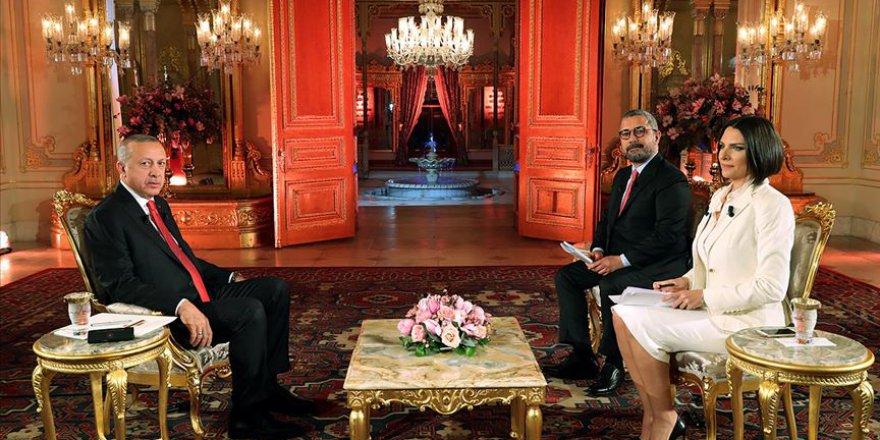Erdoğan: Bu milletin kırmızı çizgisi ezandır, bayraktır, vatandır