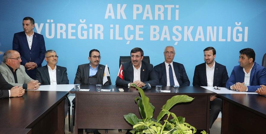 """Cevdet Yılmaz: """"2023'ten önce son viraj, son seçim"""""""