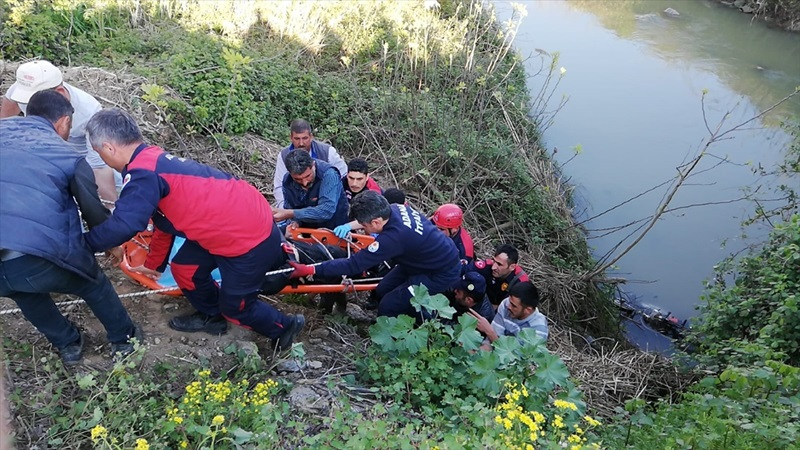 Adana'da motosikletiyle sulama kanalına düşen kişi öldü