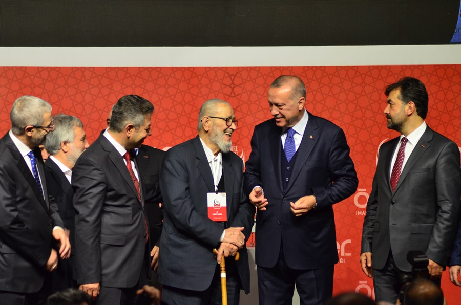 Erdoğan: Elbirliğiyle medeniyet davamızı zirveye ulaştıracağız