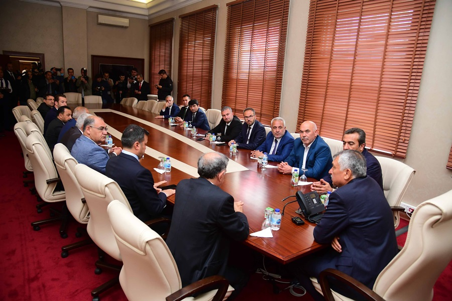 """Karalar: """"Adana için birlikte çalışacağız"""""""