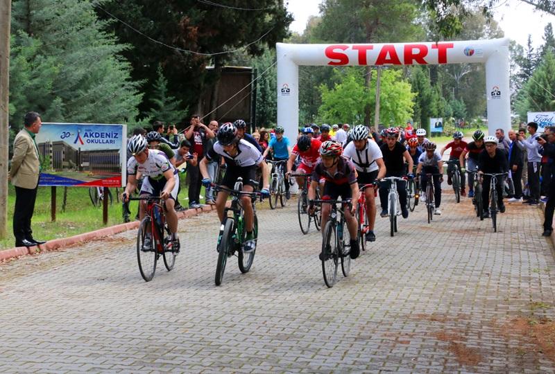 Adana'da Okullar Arası Bisiklet İl Birinciliği Müsabakaları Tamamlandı