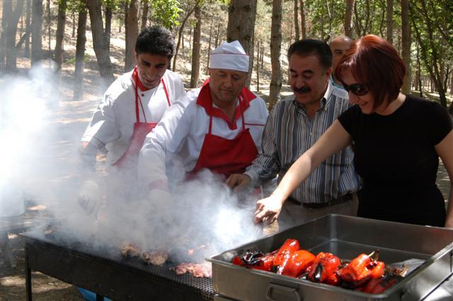 """Adana'ya """"Mangal Park"""" yapılıyor"""
