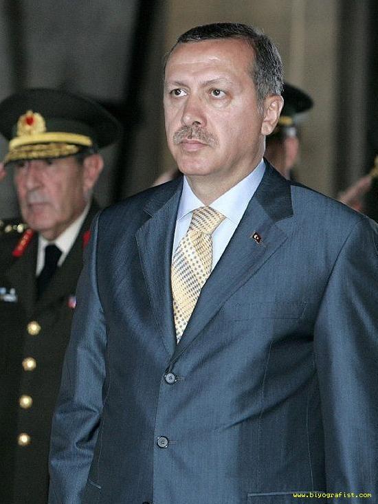 Erdoğan hangi padişaha benziyor?