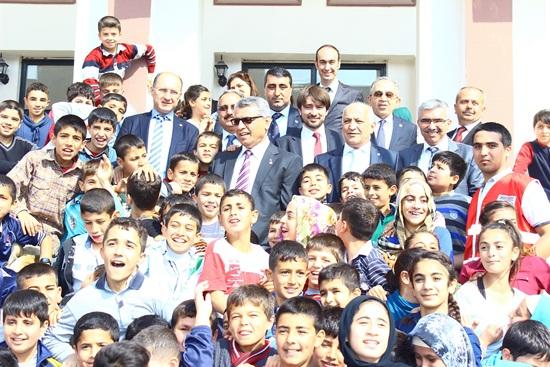 Türk Kızılayı Adana Şubesi?den Eğitime Tam Destek