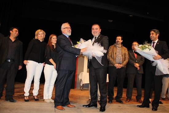 Adana Barosu Tiyatro Topluluğu büyük alkış aldı