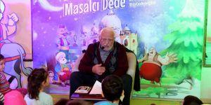 Eyüplü çocuklar her hafta 'Masalcı Dede' ile buluşuyor