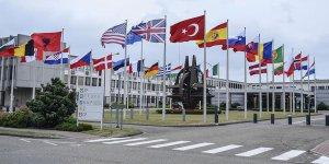 NATO'yu kim tehdit ediyor: Türkiye'nin S-400'leri mi, Beyaz Saray'ın Evanjelikleri mi?