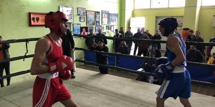 Okullar Arası Genç Erkekler Boks müsabakaları tamamlandı