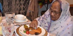 Bangladeş'in iftar geleneğini Ankara'da yaşatıyor