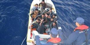 Mersin'de 10 düzensiz göçmen yakalandı