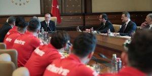 Erdoğan Ampute Futbol Milli Takımını kabul etti