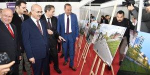 Vali Demirtaş, 'Tataristan Düşleri' Adlı Serginin Açılışını Yaptı