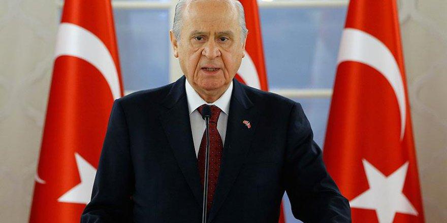 MHP lider Devlet Bahçeli: MHP tıpkı Anka kuşu gibi küllerinden yeniden doğmuş