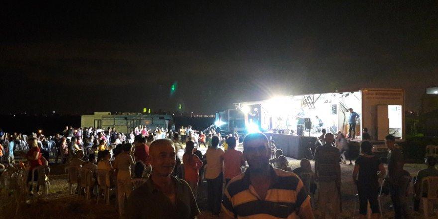Adana Büyükşehir Belediyesi Sanat Tırı Şambayadı Mahallesi TOKİ Evleri'nde..