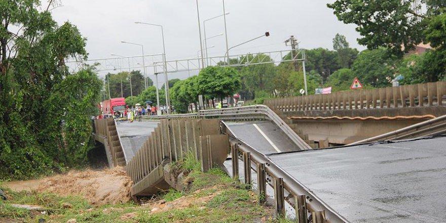 Ordu'daki şiddetli yağış sonrası heyelan altında kalanlar kurtarıldı