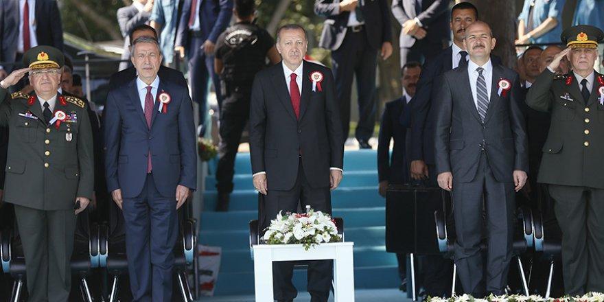 Erdoğan: Biz bu orduyla 7 düveli önümüze katar cehenneme kovalarız