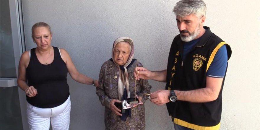 Yaşlı kadını gasbeden zanlı yakalandı