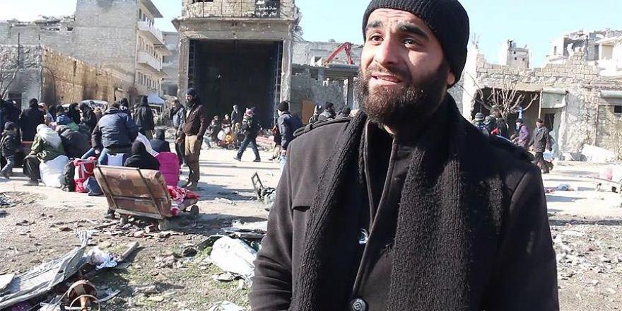 Halep'e şarkı ile veda etti