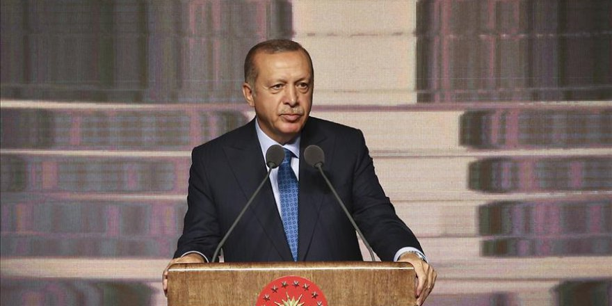 Erdoğan: Önümüzdeki yıl kredi burs miktarını artırıyoruz