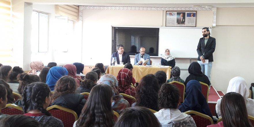 Adana Mehmet Akif İnan Anadolu Lisesi'nde 'Mevlid-i Nebî' Programı