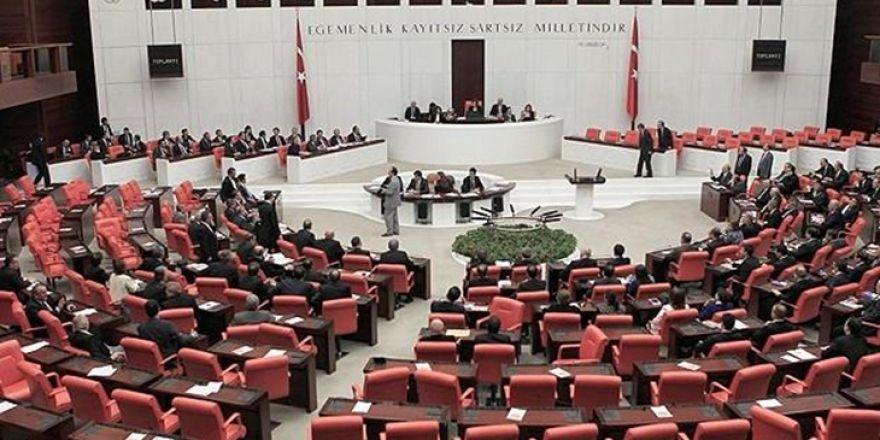 TBMM Anayasa Komisyonunda kavga