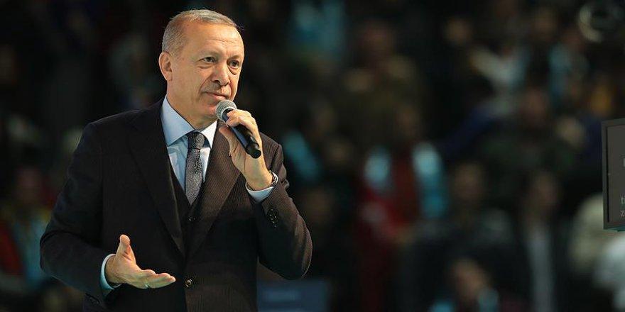 Erdoğan AK Parti'nin seçim manifestosunu açıkladı