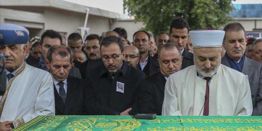 Fatih Terim'in babası Talat Terim son yolculuğuna uğurlandı