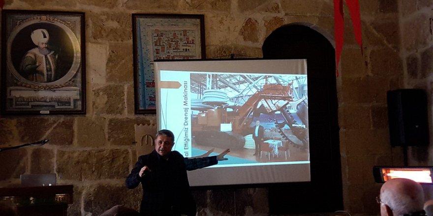 """Ramazanoğlu Konağında Bu hafta """"Teknolojinin Evrimi"""" konulu konferans verildi.."""