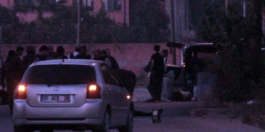 Kahraman polis, ölüme meydan okuyarak bombalı saldırıyı çözdü
